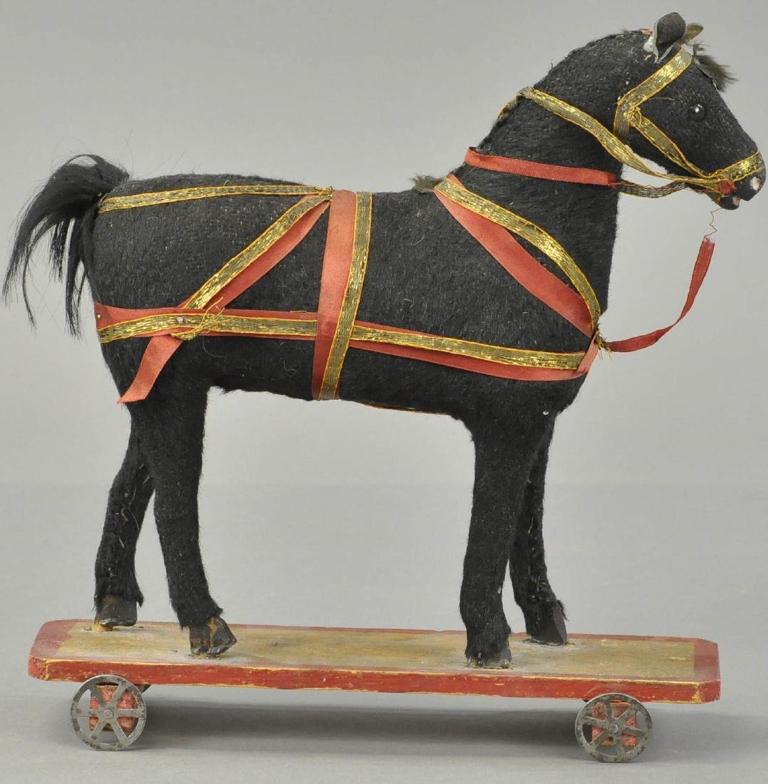 PLATFORM PULL TOY HORSE W/HARNESS
