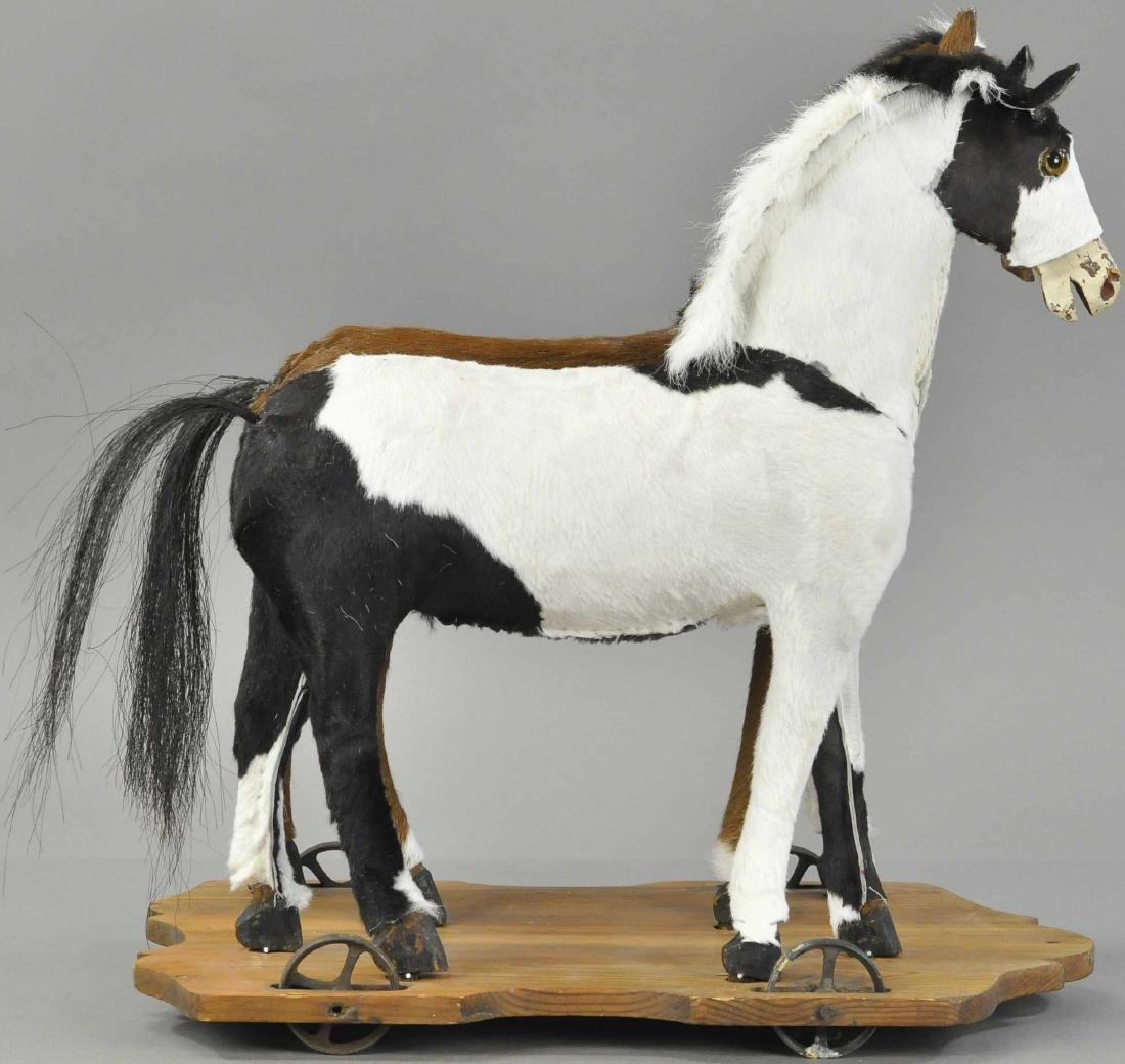 DOUBLE HORSE ON PLATFORM PULL TOY - 2