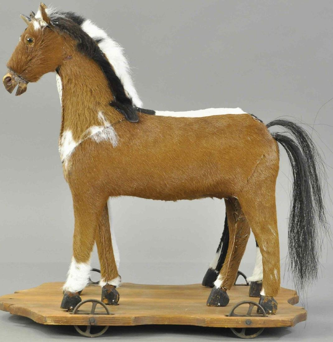 DOUBLE HORSE ON PLATFORM PULL TOY - 3