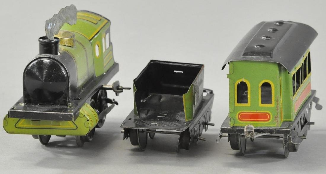 WIND-UP SCHUMANN PASSENGER TRAIN SET - 3