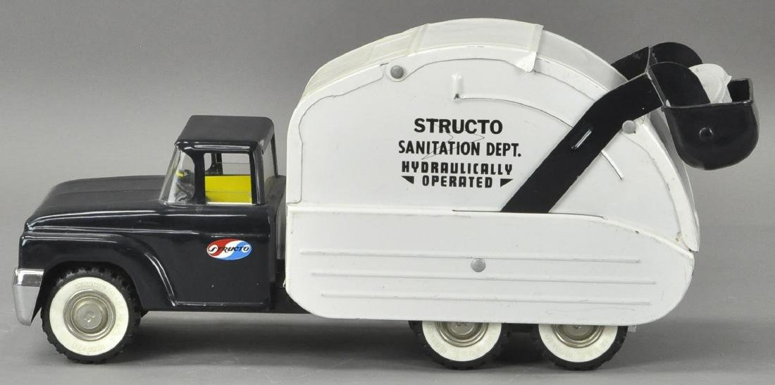STRUCTO SANITATION DEPT TRUCK W/ BOX - 3