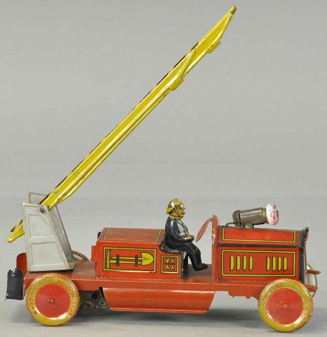 TIPPCO FIRE LADDER TRUCK