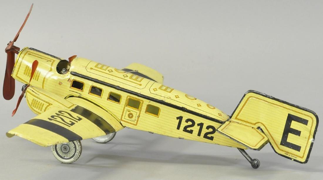 GUNTHERMANN TRI-MOTOR AIRPLANE - 2