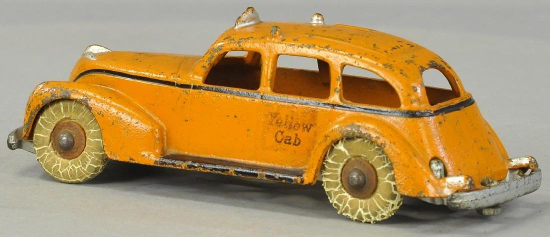 ARCADE 1940S YELLOW CAB - 2