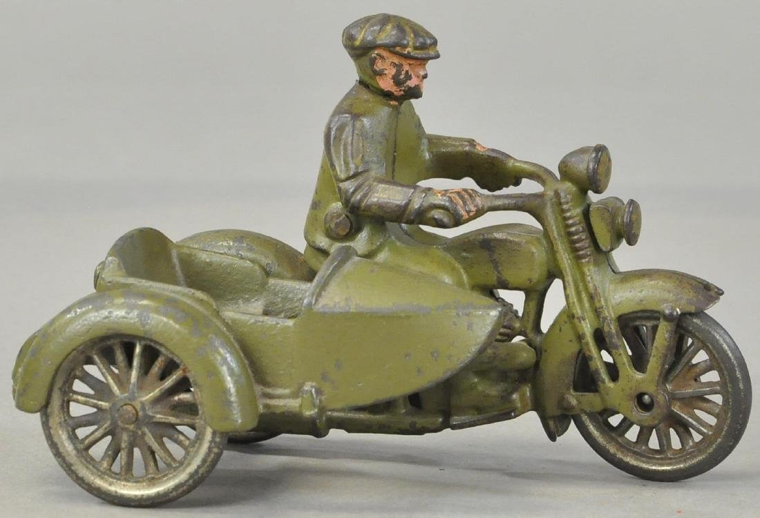 HUBLEY CIVILIAN CYCLE WITH SIDECAR
