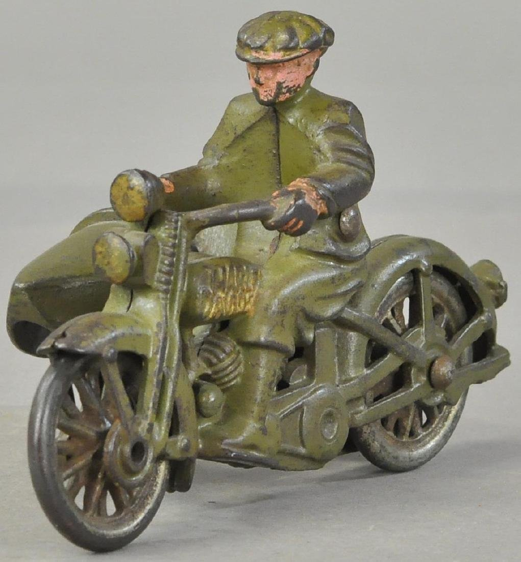 HUBLEY CIVILIAN CYCLE WITH SIDECAR - 2