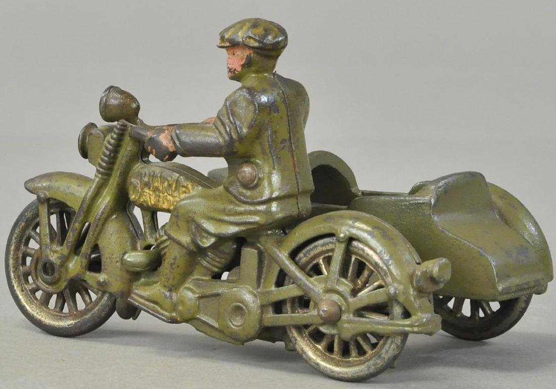 HUBLEY CIVILIAN CYCLE WITH SIDECAR - 3