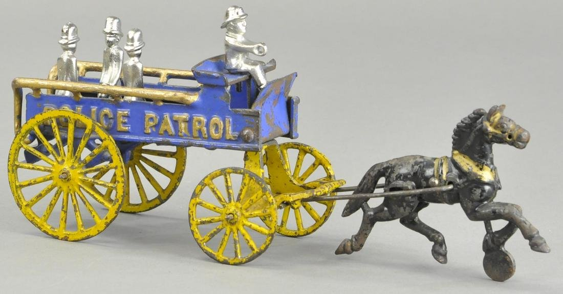HUBLEY HORSE DRAWN POLICE PATROL