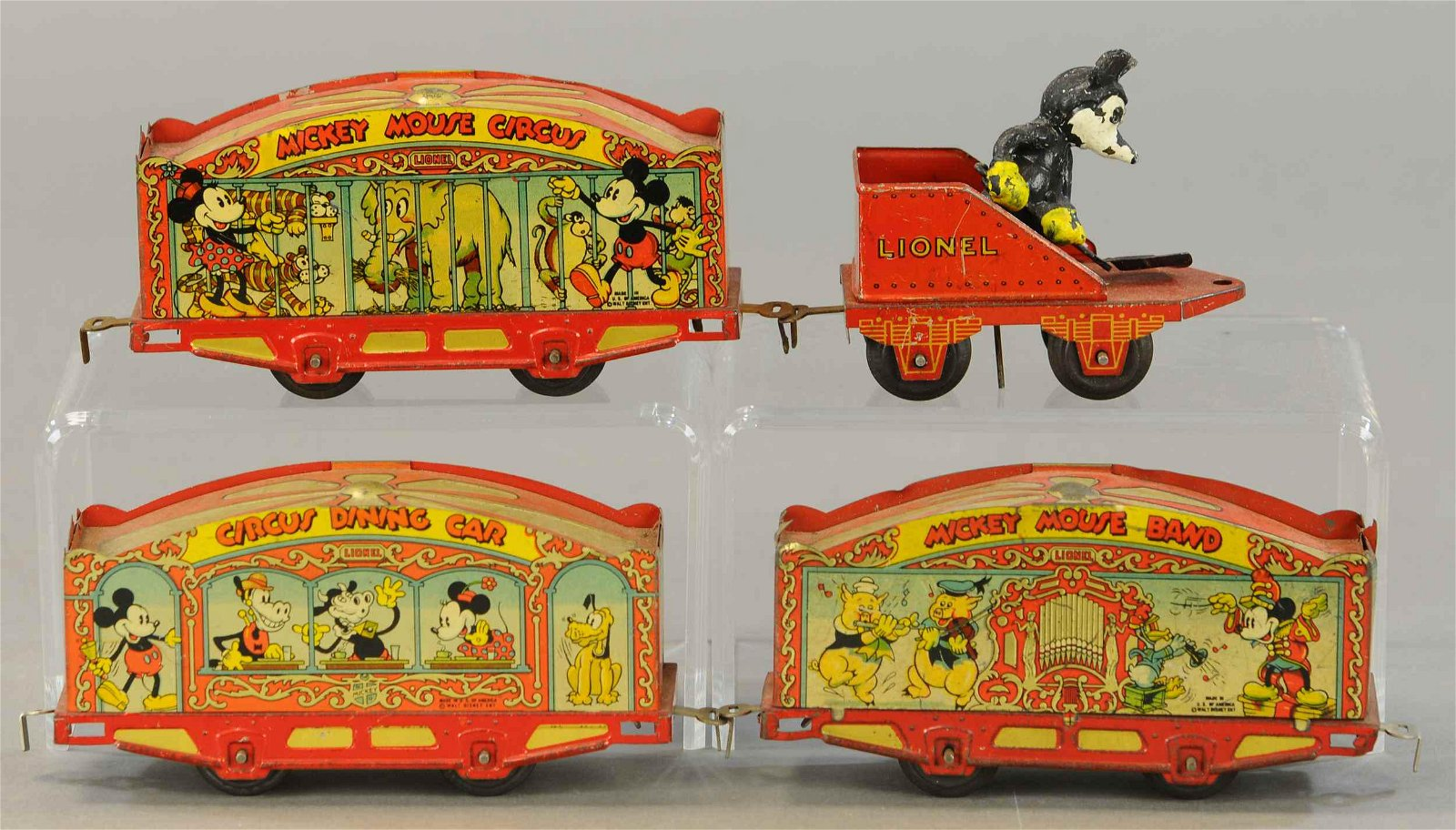 LIONEL MICKEY MOUSE TRAIN CARS