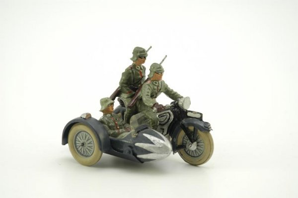 2032: LINEOL MILITARY MOTORCYCLE WITH SIDE CAR