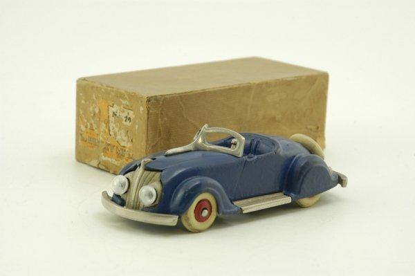 307: BOXED HUBLEY 1935 CHRYSLER AIRFLOW