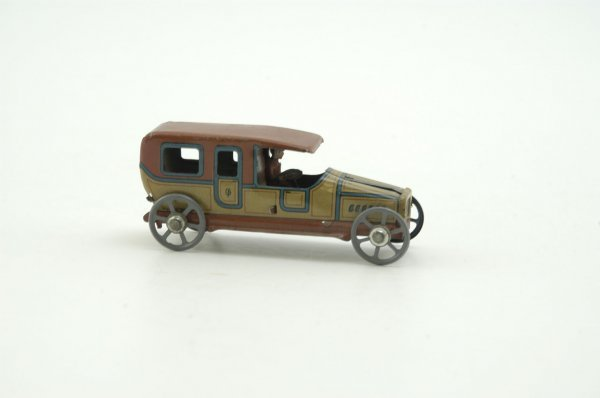671: SALOON CAR PENNY TOY