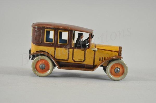 3120: 1920'S TAXI CAB