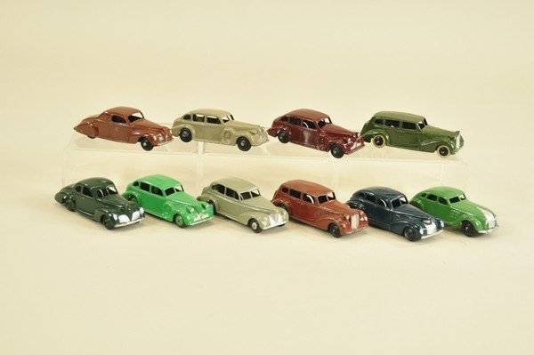 486: GROUPING OF TEN DINKY TOYS