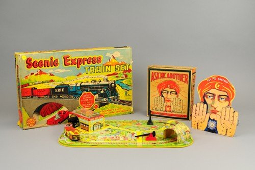 MARX TRAIN SET AND BOXED GAME