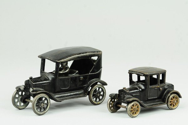9: ARCADE TOURING CAR AND MODEL 'T' COUPE