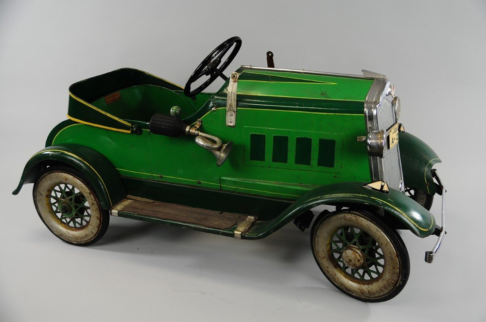 512: AMERICAN NATIONAL PACKARD PEDAL CAR