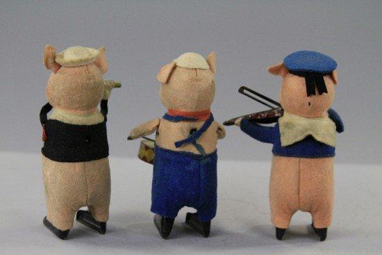 1044: THREE LITTLE PIGS - 2