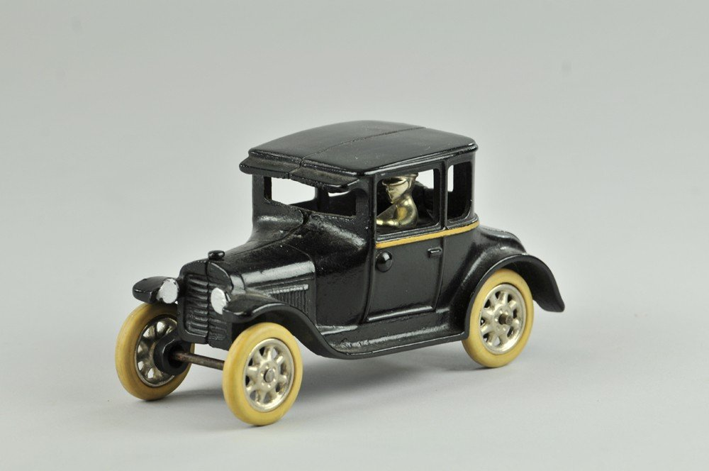 """21: ARCADE MODEL """"T"""" COUPE"""