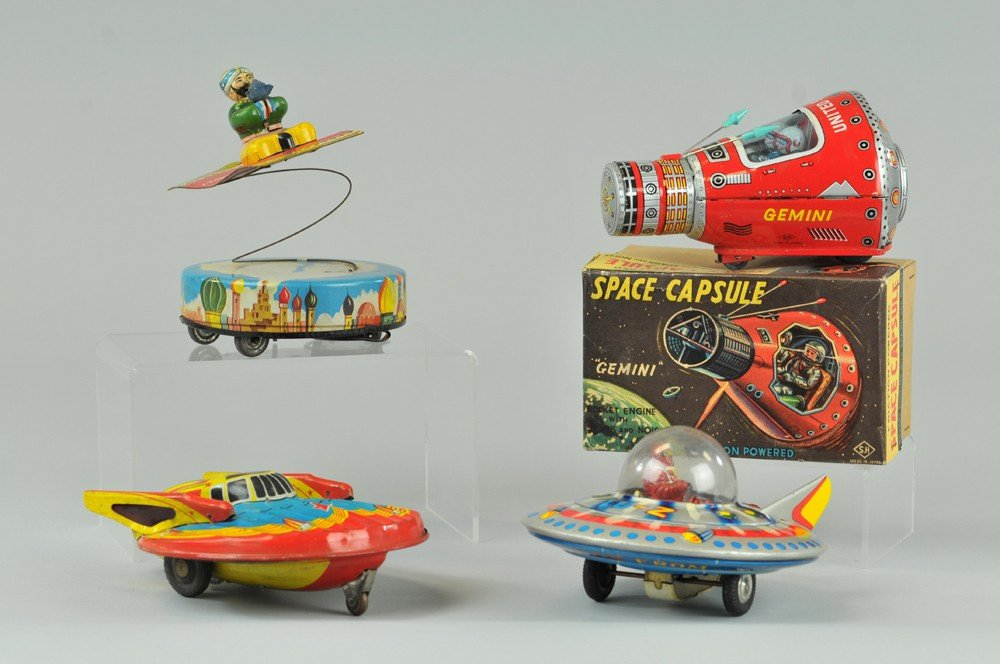 441: ALI AND THE FLYING CARPET AND SPACE TOYS