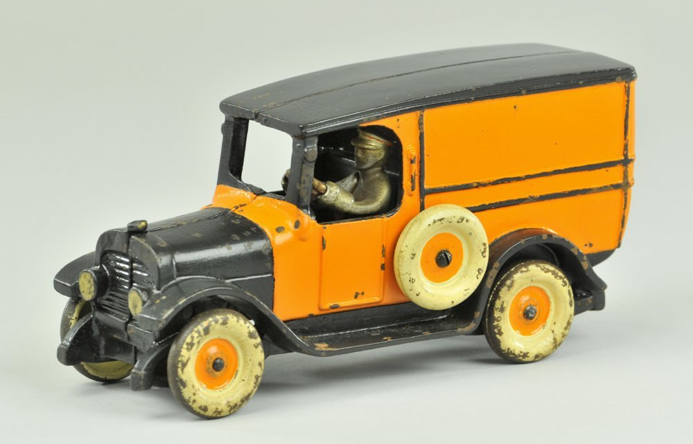 11: ARCADE YELLOW CAB PANEL VAN