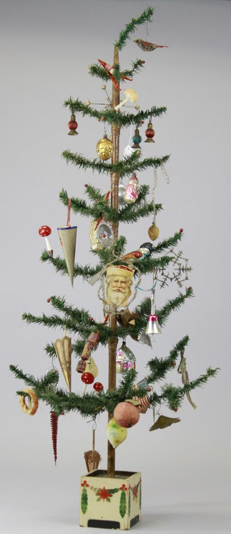 1971: FULLY DECORATED GERMAN FEATHER TREE
