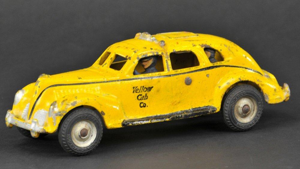 ARCADE 1940'S YELLOW CAB