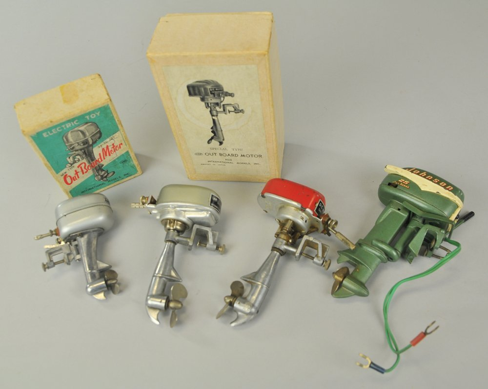 GROUPING OF MINIATURE TOY OUTBOARD MOTORS