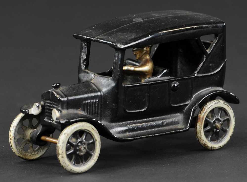 1923 FORD TOURING SEDAN