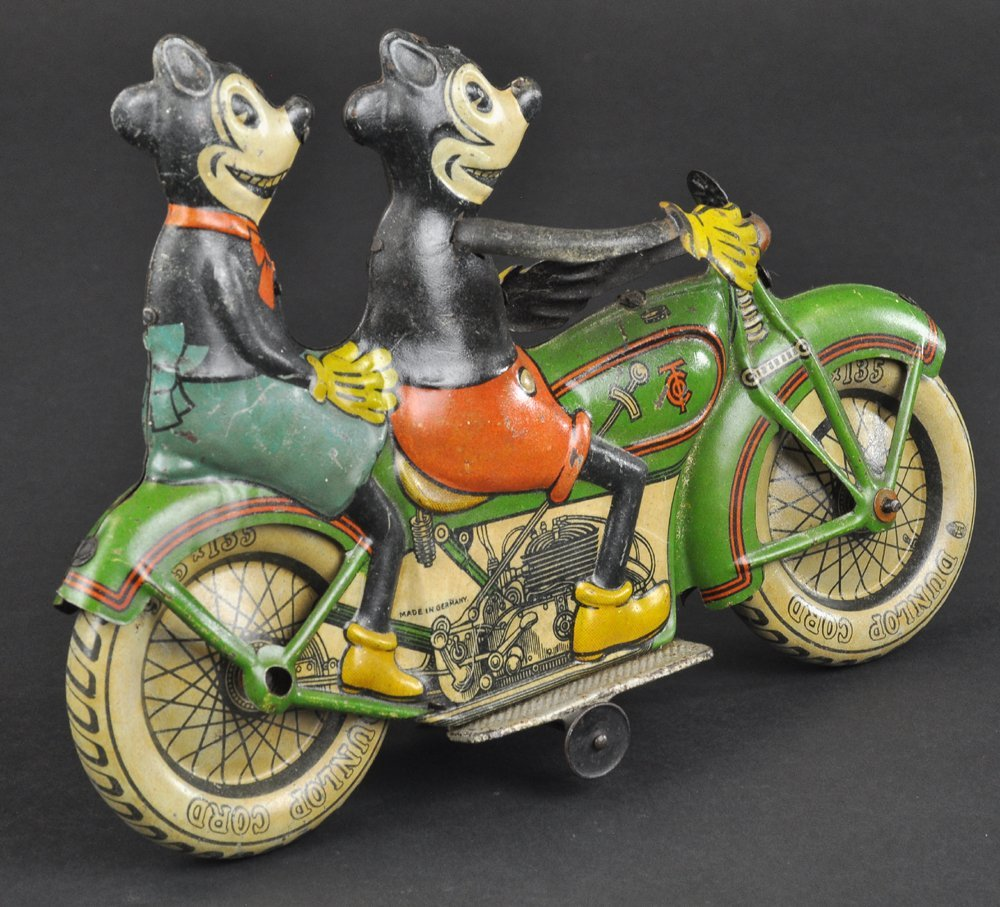 MICKEY AND MINNIE MOUSE RIDING MOTORCYCLE - 7