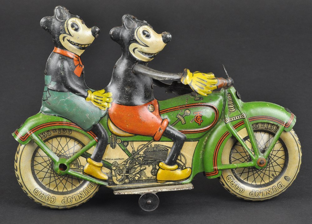 MICKEY AND MINNIE MOUSE RIDING MOTORCYCLE - 8