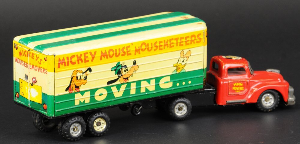 MICKEY MOUSE MOVERS TRUCK - 2