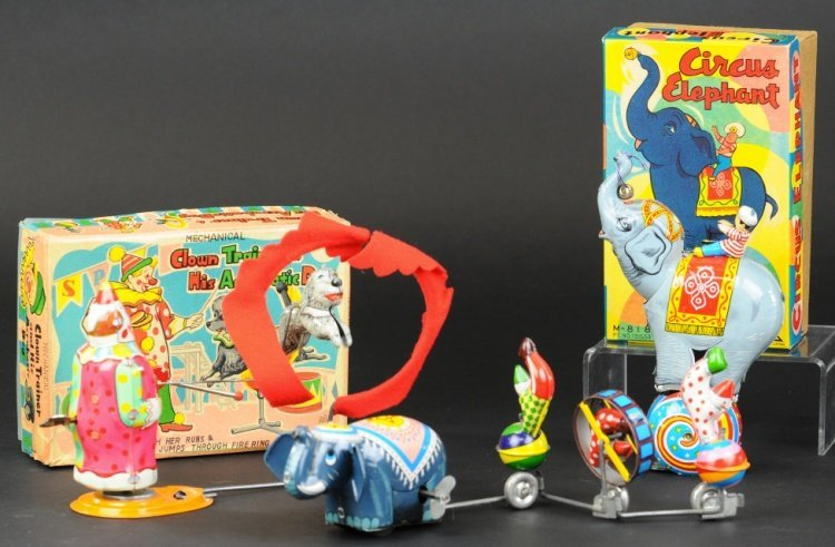 CIRCUS TOY GROUPING