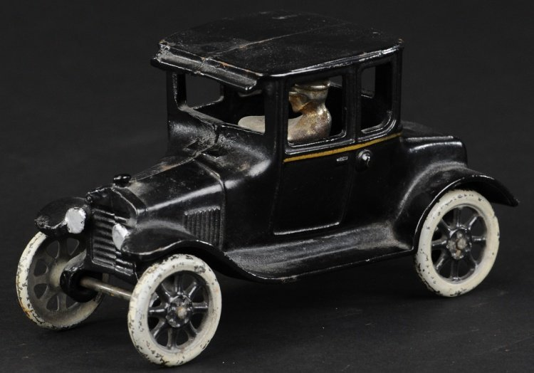 ARCADE FORD MODEL 'T' COUPE