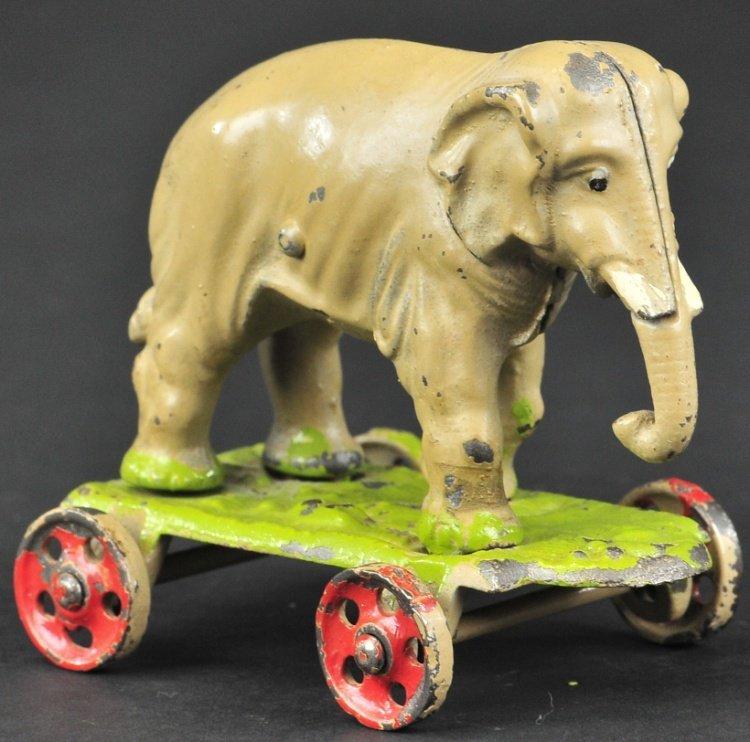 KENTON ELEPHANT ON WHEELS TOY