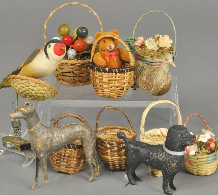 LARGE GROUPING OF DRESDENS AND BASKET ORNAMENTS