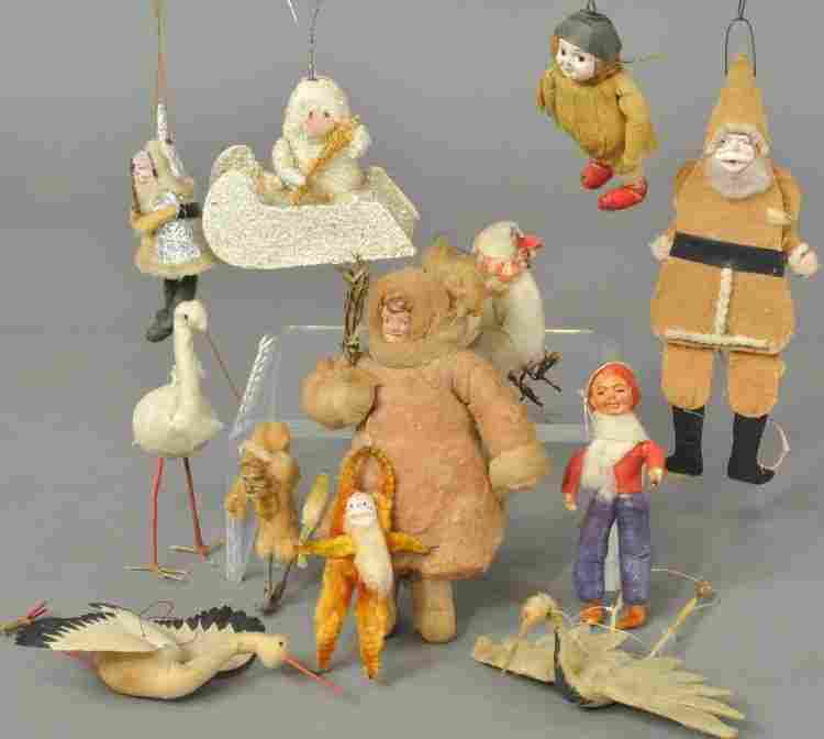 LARGE GROUPING OF ASSORTED ORNAMENTS