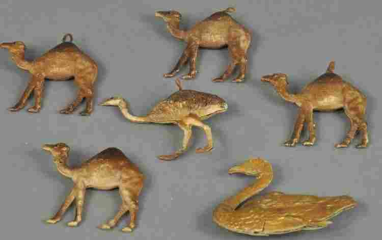 NICE GROUPING OF ANIMAL ORNAMENTS