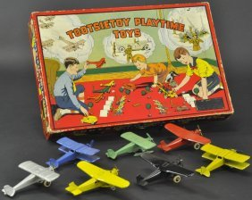 Tootsietoy Airplane Set