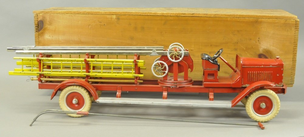 KINGSBURY AERIAL LADDER TRUCK No. 259