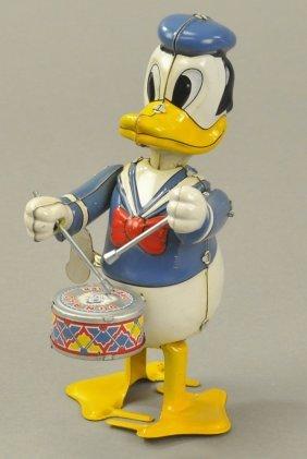 Donald Duck Drummer