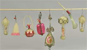 ASSORTMENT OF EARLY CHRISTMAS TREE ORNAMENTS