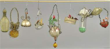 INTERESTING GROUPING OF WIRE WRAP ORNAMENTS