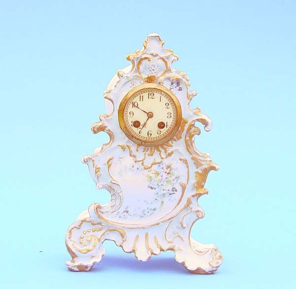 516: French Hand painted China Mantel Clock