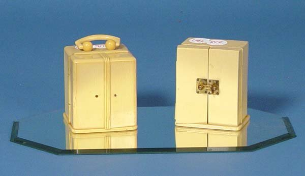 879: Two Small Carriage Clocks With Celluloid Case - 3