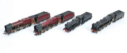 A collection of 4x 00 Gauge model railway train set