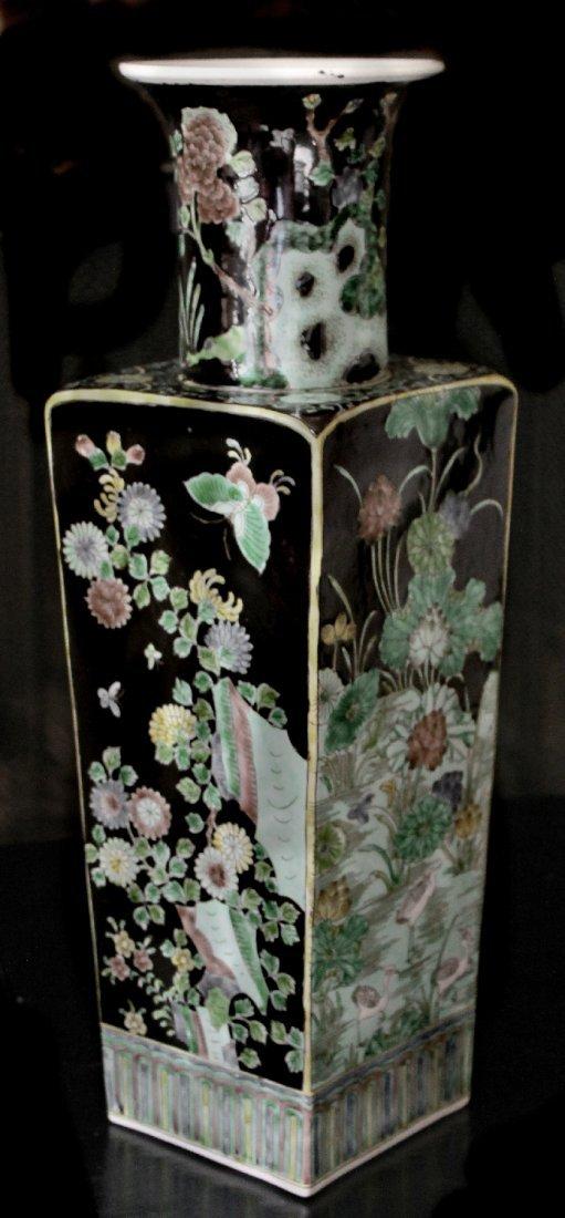 Chinese Famille Verte Noir Porcelain Vase Kangxi Mark