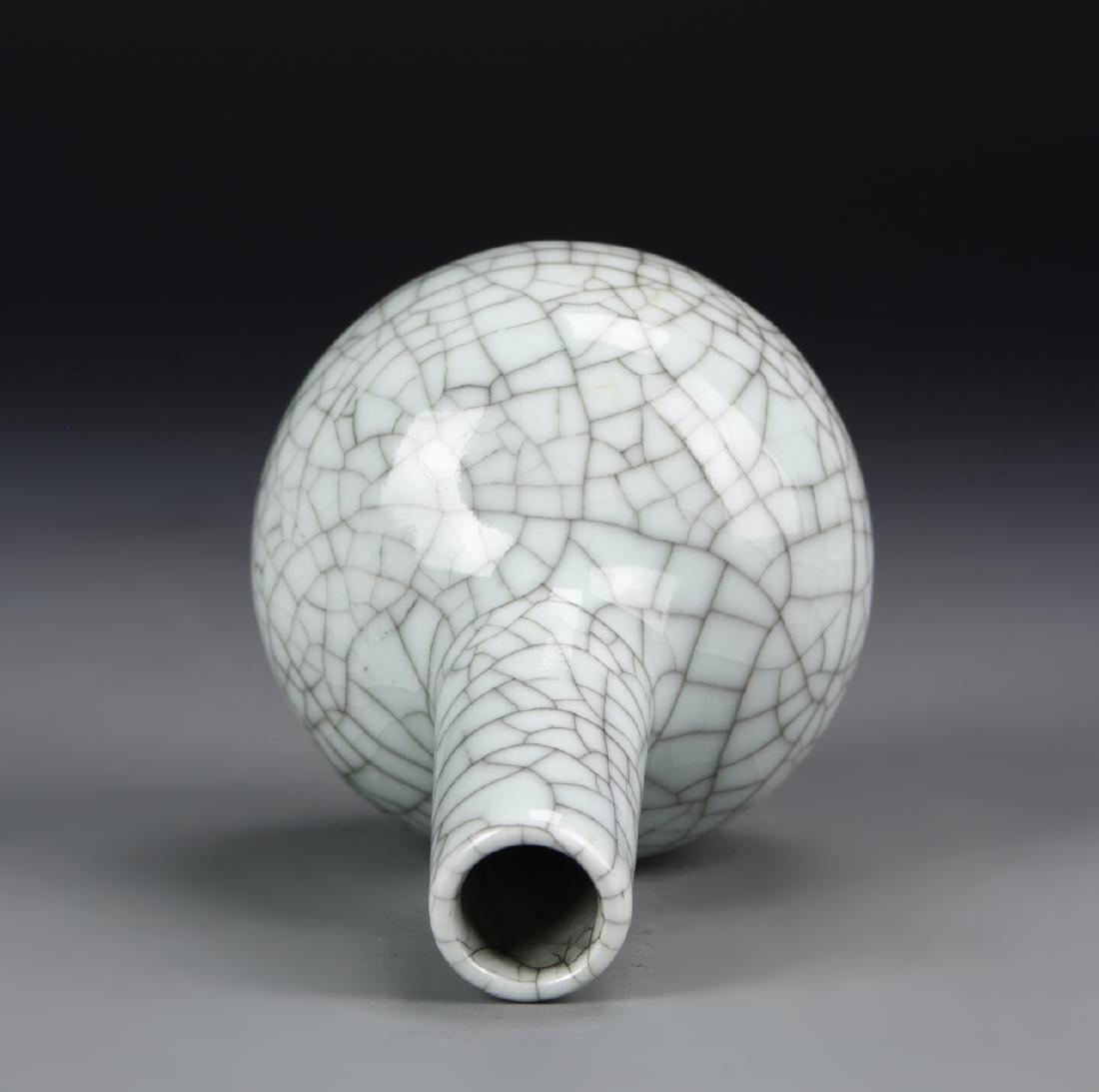 Chinese Guan Yao Tian Qiu Vase - 3