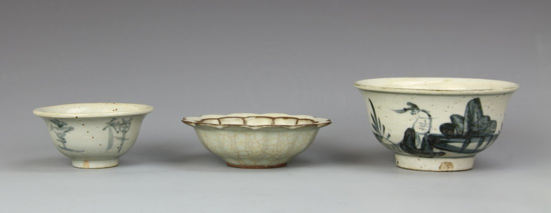 Two Chinese Antique Blue And White Bowl and Dish