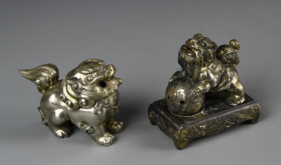 Two Metal Foo Lions